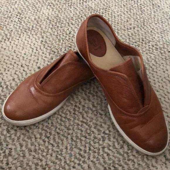 Frye Kerry Slip On Leather Sneaker